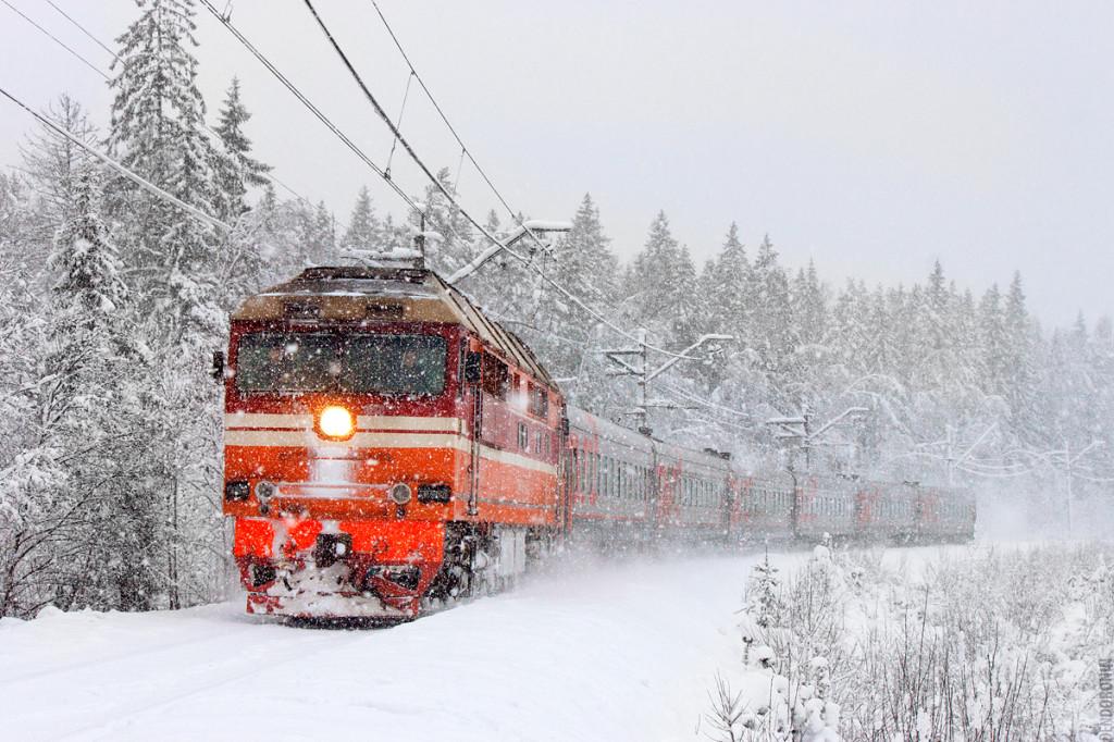 Зимний поезд к Деду Морозу